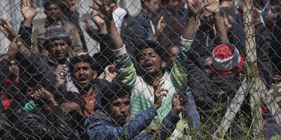 موجة لاجئين جديدة تضرب «سوريا».. وأردوغان يستغل ورقتهم للمفاوضة