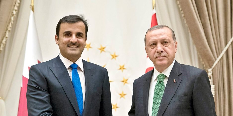 أراك توزع من مال «موزة».. كيف حول تميم ثروات الدوحة إلى «ATM» مفتوحة أمام أردوغان؟