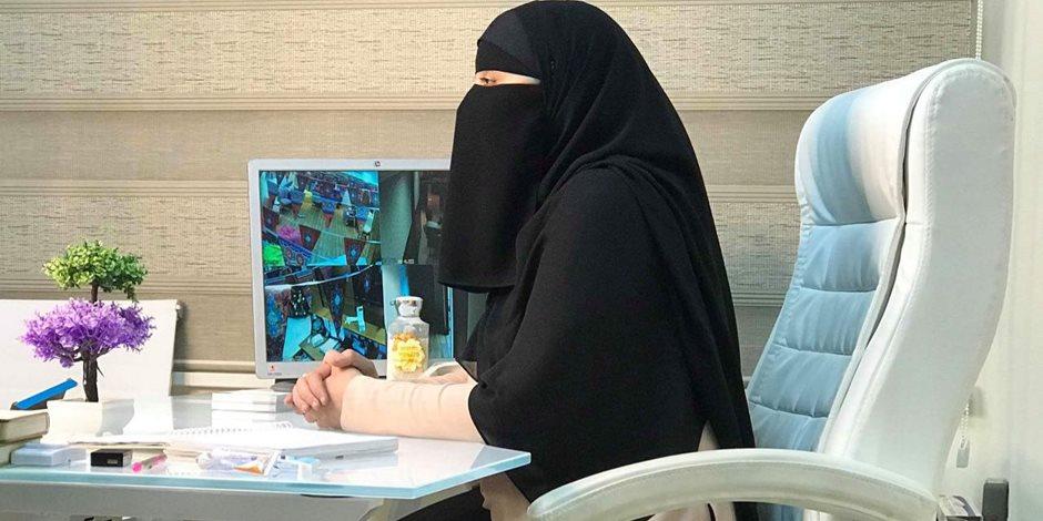 قصة طبيبة منتقبة تجري عمليات تجميل للنساء فقط: «لسنا متشددات» (فيديو)