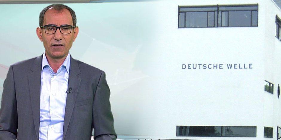 """""""أخرة خدمة الدويتشه فيله علقة"""".. القناة الألمانية تطرد يسري فودة بعد موته أكلينيكيا"""
