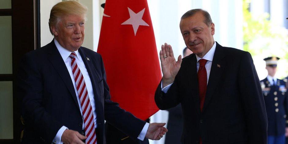«الأغا منبطحاً».. لماذا ركع أردوغان أمام ترامب؟ (صورة)