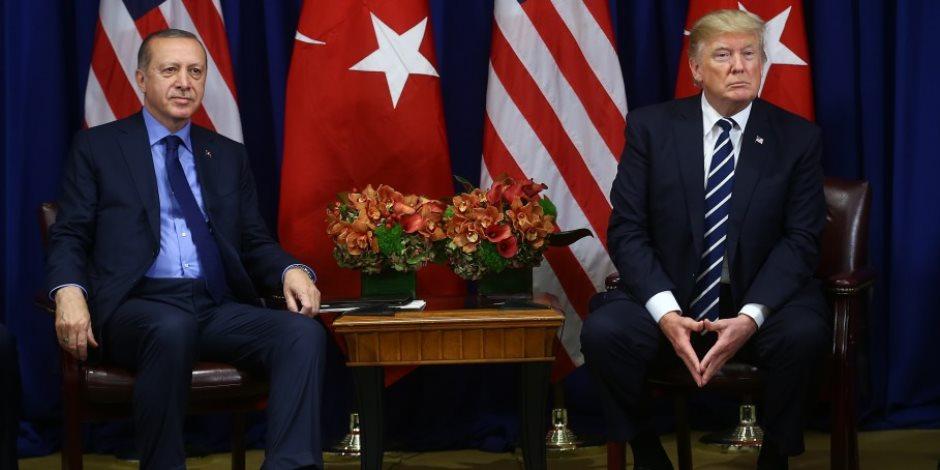 «بياكلو وينكرو».. ترامب لأردوغان: كيف نسيت اقناعنا اسرائيل بإطلاق سراح محتجزة تركية؟