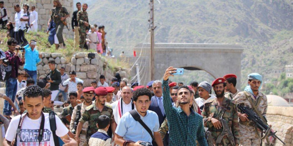 عيد يمني تحت قصف الحوثيين: ضحكات الأطفال تهزم المدافع.. والبيض بديل الأضاحي