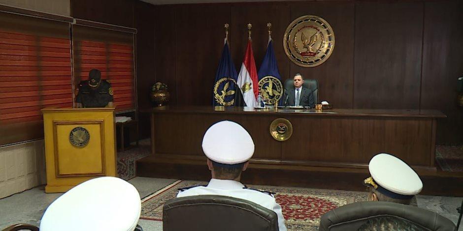 وزير الداخلية لضباط وأفراد «الأمن المركزى»: العقيدة القتالية تضمن النجاحات الأمنية (صور)