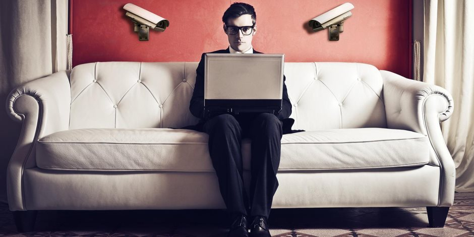 العالم ليس مخيفًا كما تصور لنا التكنولوجيا.. كيف انخفضت معدلات الجريمة ؟