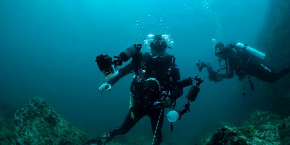 الشباب شباب القلب.. أمريكى عمره 95 سنة يستكشف حطام سفينة غارقة على عمق 40 متر
