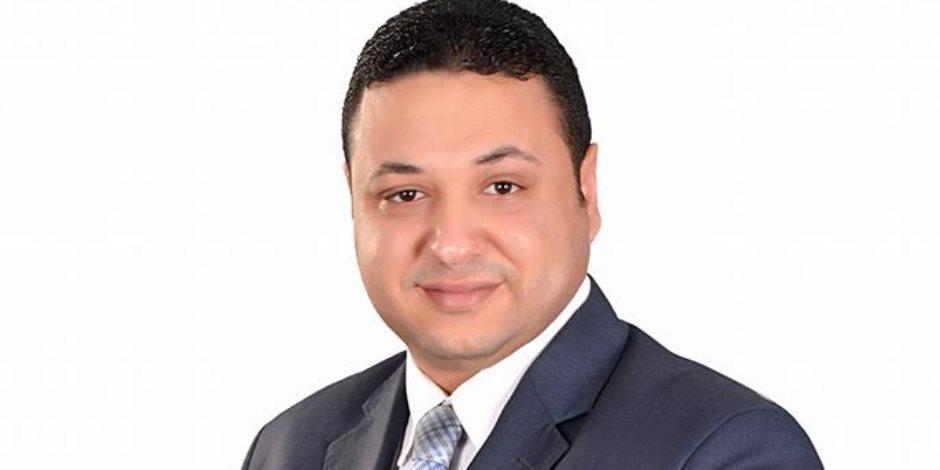 باحث سياسي يقترح تخصيص رقم هاتف لتقديم الشكاوى ضد أئمة الأوقاف: الجامع مش للسياسة