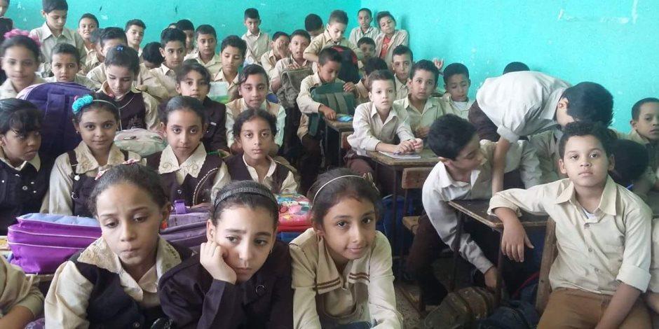 زحمة يا فصول زحمة.. خطة وزير التعليم لمواجهة كثافة الطلاب مع بداية العام الدراسي