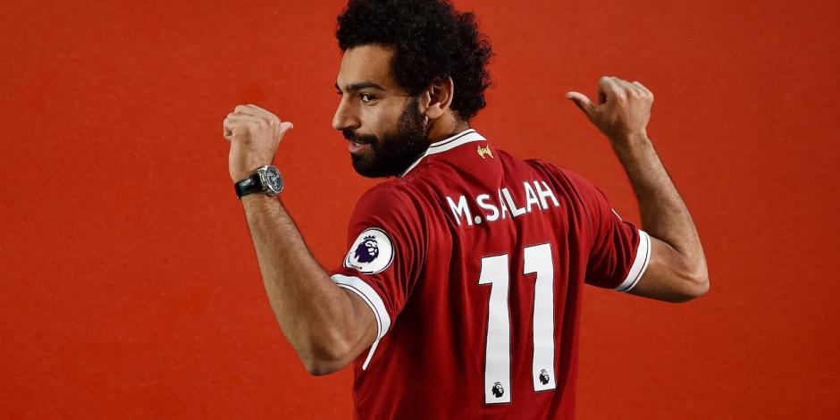 «أبو مكة» في حضرة المشاهير.. هل تؤثر كلمات عمالقة الكرة في قرار الفيفا بشأن لأفضل؟