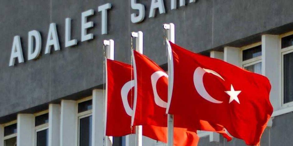 سجن أردوغان يفتح أبوابه للجميع.. هل تتفجر قضية قس جديدة بين بريطانيا وتركيا؟