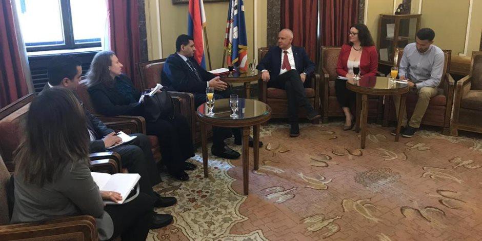 سفارة مصر فى بلجراد تطرح نموذجي مركز أسوان للقلب والمنصورة للكلي كمؤسستى تميز عالميتين