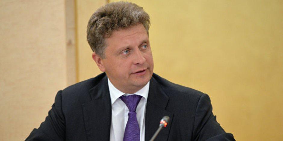 بعد زيارة السيسي لموسكو.. ماذا قال وزير النقل الروسي عن عودة الطيران إلى المدن السياحية؟