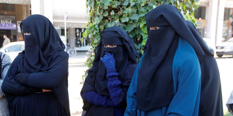 أعطوا الفتاوى لأهلها.. هل يعد حظر النقاب داخل المؤسسات الحكومية مخالف شرعًا؟