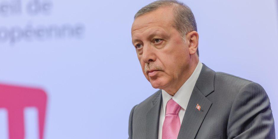 أردوغان وجنون العظمة.. رئيس تركيا يرفع مخصصات قصور الرئاسة رغم الأزمة الاقتصادية