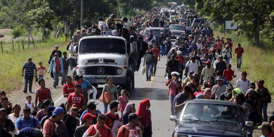 5 خطوات يزرع بها «ترامب» الخوف من «المهاجرين».. خدع نفسية قديمة