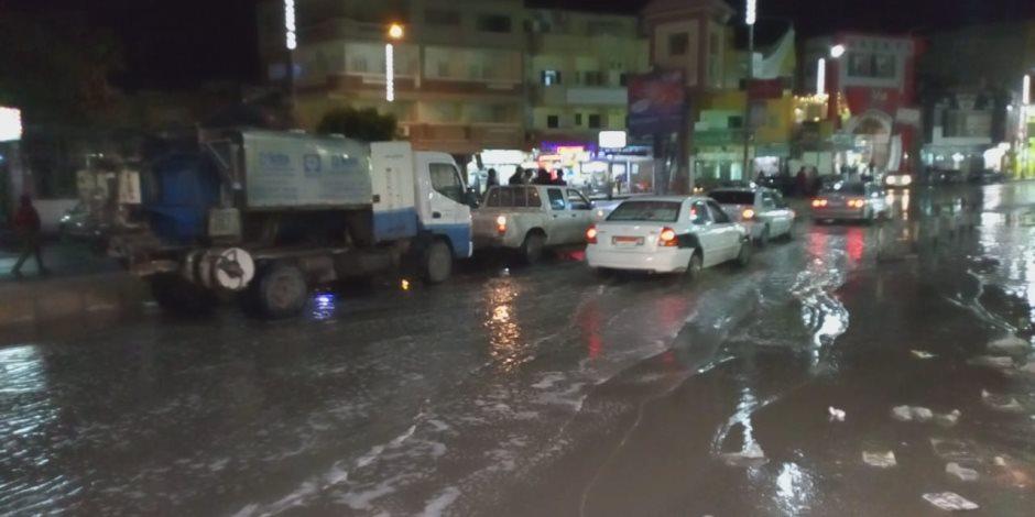 إجلاء الأهالي وإخلاء السياح والبلاد تستغيث بلا فائدة.. حكومة الأردن تغرق في السيول (صور)