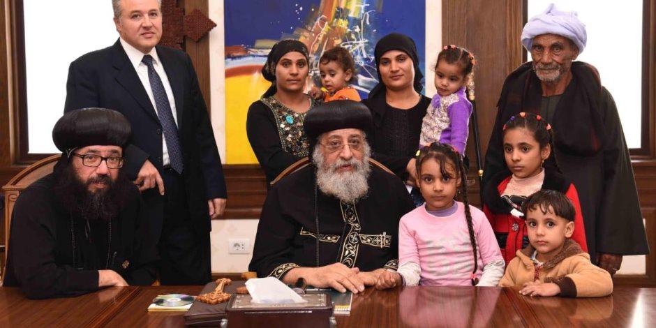 أسر ضحايا المنيا بعد لقاء البابا: نحن فى وطن يحمل كل معانى المحبة
