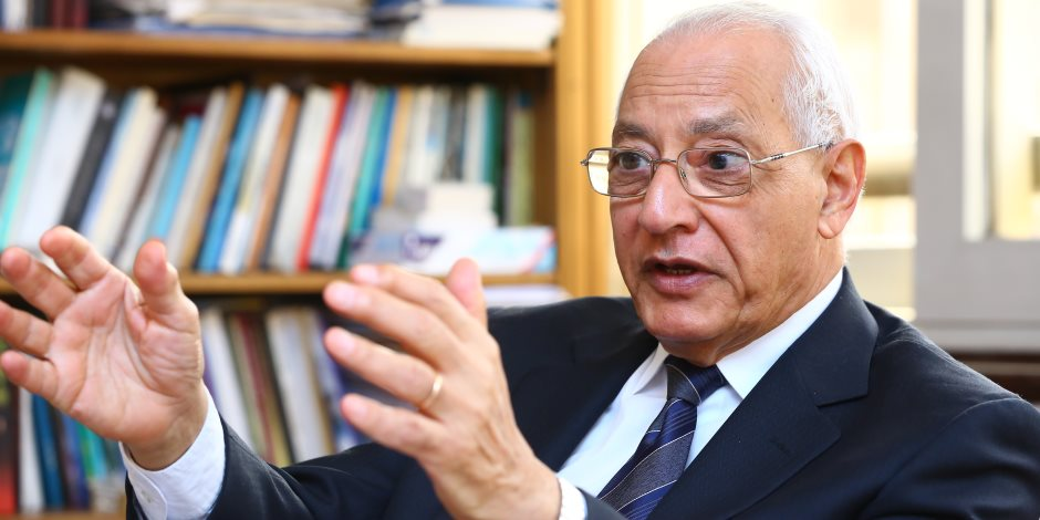بعد 15 عامًا.. علي الدين هلال يكشف كواليس صفر المونديال ورشوة قطر للفيفا