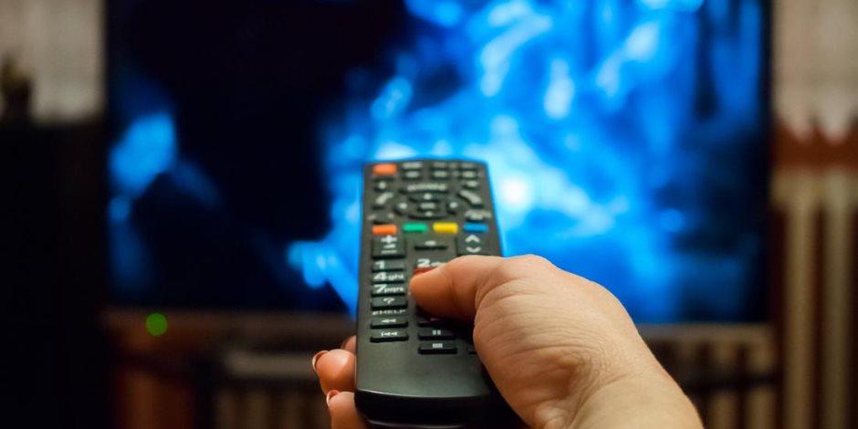 التلفزيون فيه سم قاتل.. على عهدة «ديلي ميل»: هناك توقيتات للمشاهدة تتهدك بالموت