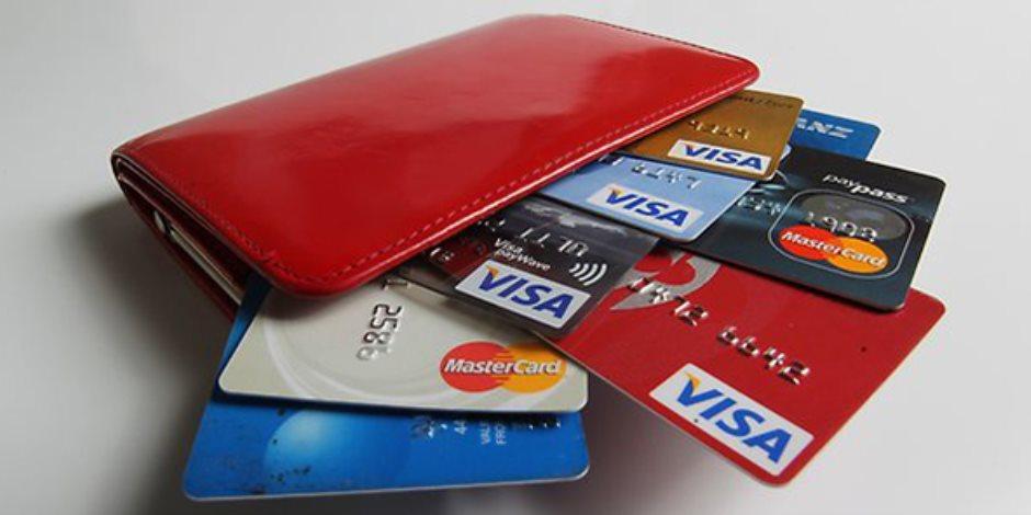 التيسير على أصحاب المعاشات والشراء بالتقسيط.. 10 فوائد لكارت «ميزة» للمدفوعات تعرف عليها