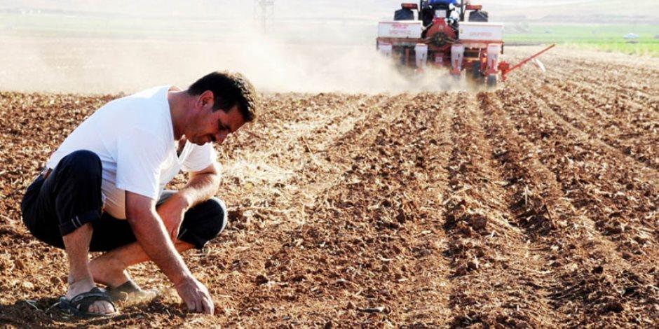 سياسات العدالة والتنمية تدفع تركيا نحو الخراب.. الأتراك يبيعون حقولهم لسداد الديون