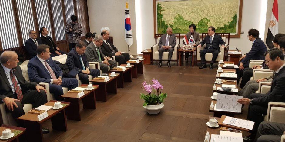 الصلح خير.. رئيس البرلمان يؤكد موقف مصر للسلام في الكوريتين (صور)