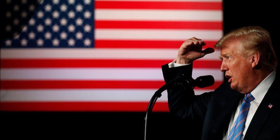 مايكل كوهين VS دونالد ترامب.. من ينتصر في حرب التشويه؟