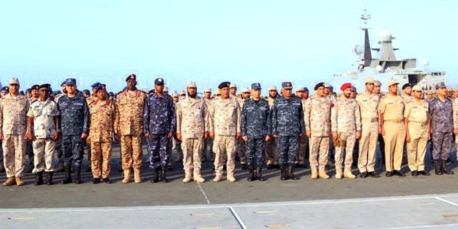 """اختتام التدريب البحرى المشترك """"الموج الأحمر"""" بمشاركة مصر و5 دول عربية"""
