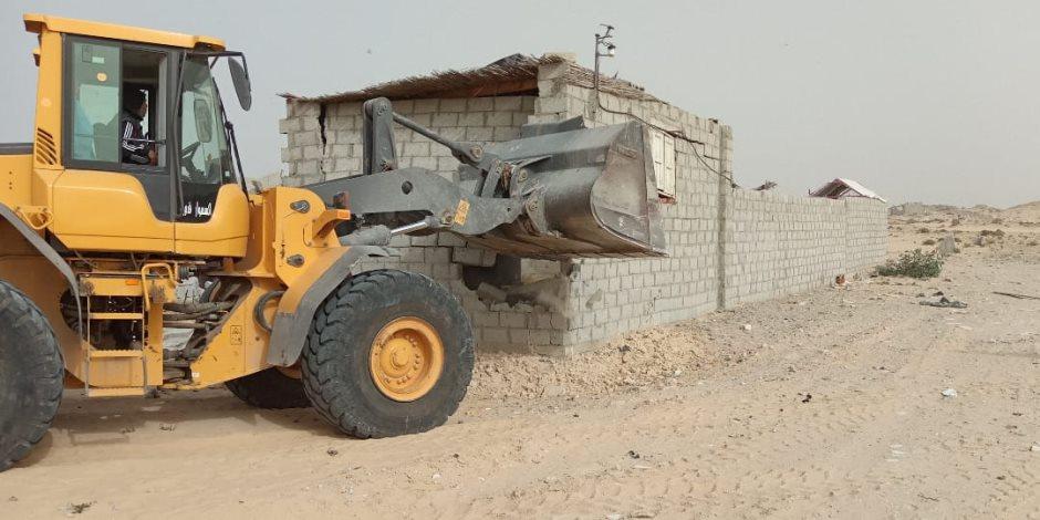 تواصل إزالة التعديات على أراض الدولة في شمال سيناء (فيديو وصور)