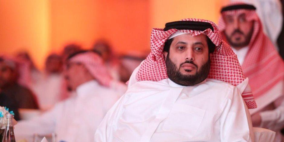 تركى أل الشيخ يعد بظهور لاعب مفاجأة فى مباراة الزمالك