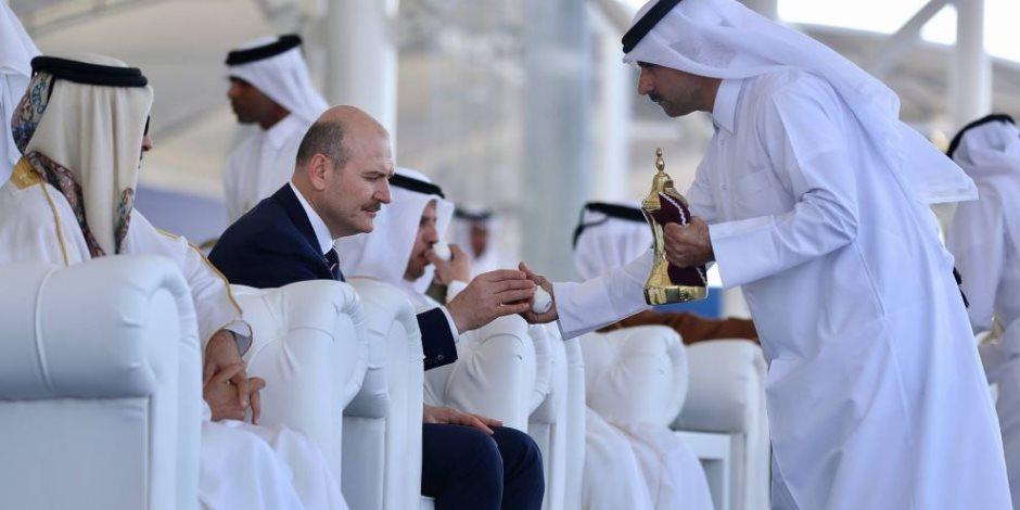 الجيش والشرطة في قبضة ديكتاتور تركيا.. هل تصبح قطر تحت حكم أردوغان؟ (صور)