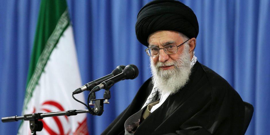 «الموت لأمريكا وإسرائيل».. شعارات إيرانية «فشنك»