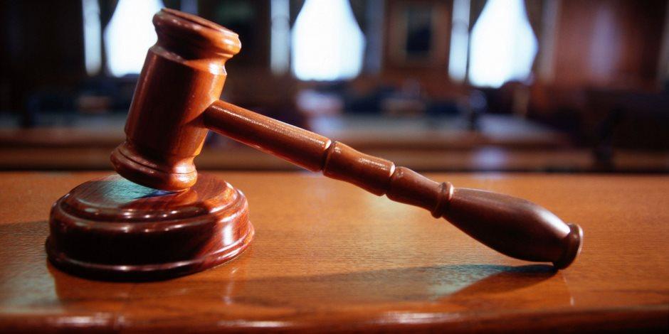 المشدد 10 سنوات لرئيس مصلحة الجمارك السابق بقضية الرشوة وبراءة باقى المتهمين