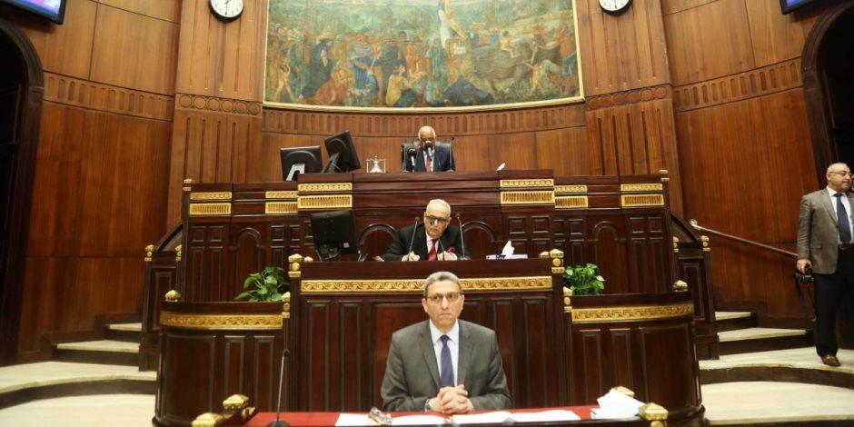 رئيس البرلمان يطالب النقابات المهنية بـ«التنسيق».. ونقيب البيطريين يُعلن عقد مؤتمر جماعي حول التعديلات الدستورية