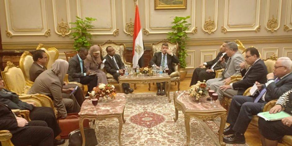 سفير تنزانيا بالبرلمان: علاقاتنا مع مصر أصبحت أقوى بعد زيارة السيسي لبلادي (صور)