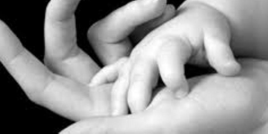 قصة منتصف الليل.. «عزة» الفاقدة للأمومة على الدوام