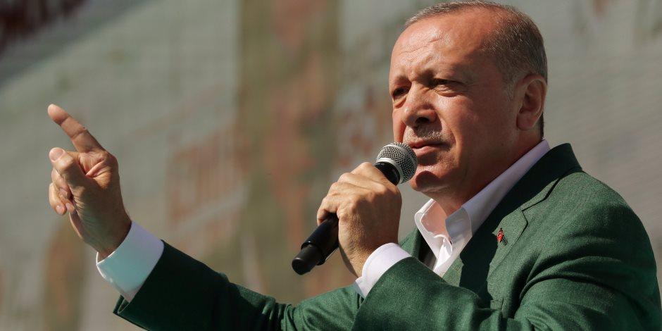 كيف أتقن أردوغان لعبة «بص العصفورة»؟