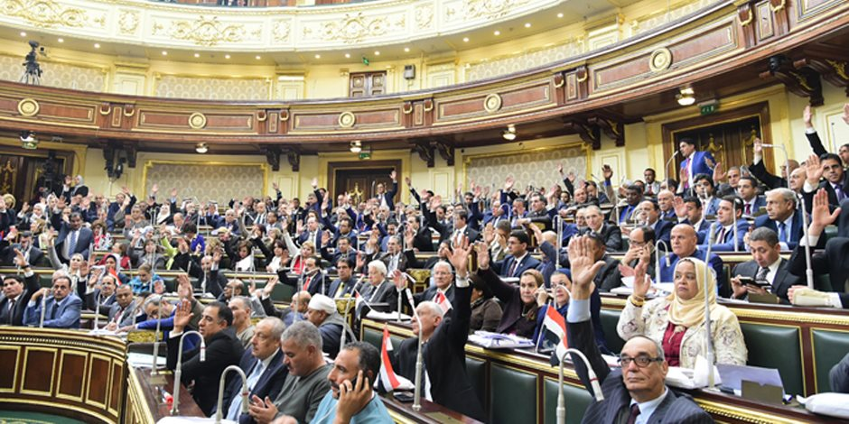 أنفاق السويس الجديدة في عيون النواب.. وزعيم الأغلبية: المصريون يصنعون المعجزات