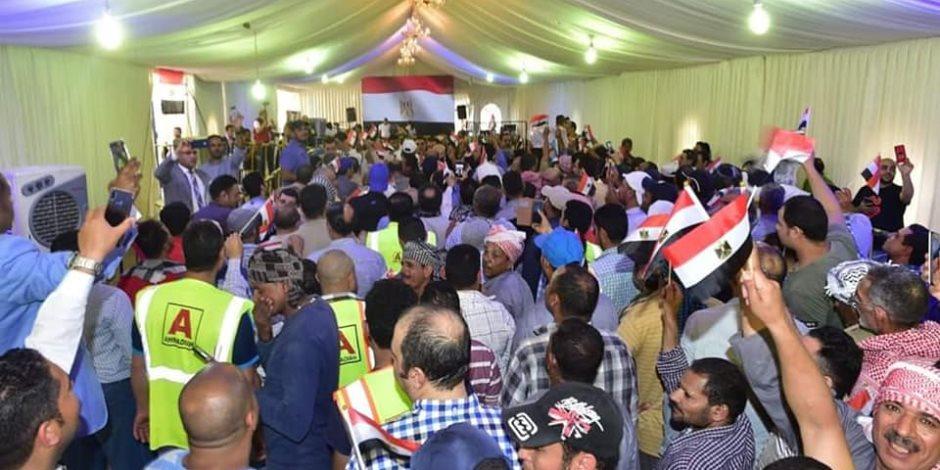 طوابير التصويت في الاستفتاء تستحوذ على اهتمام وسائل الإعلام العربية