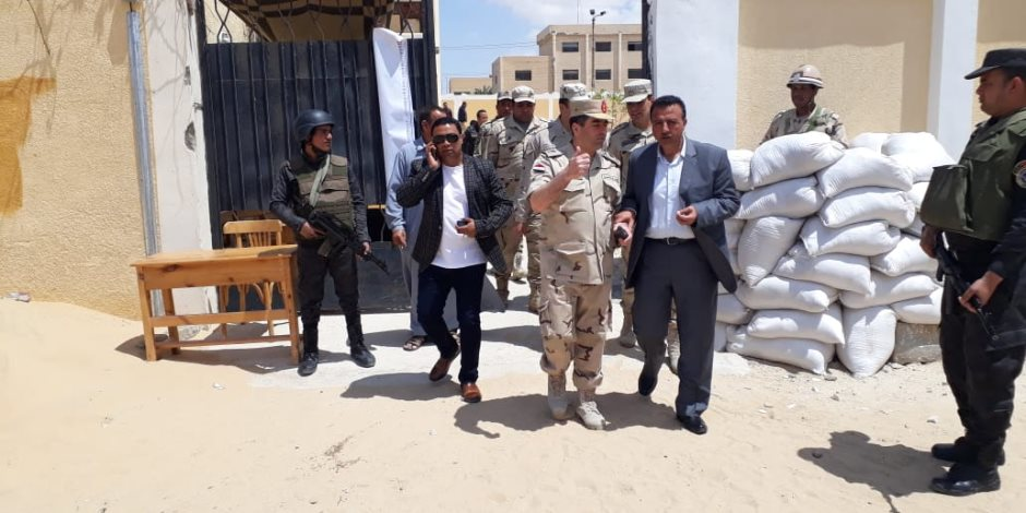 حشود كبيرة أمام لجان مركز  ومدينة بئر العبد بشمال سيناء  (صور)