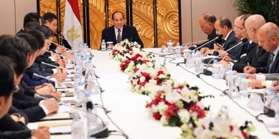"""السيسي لـ""""رجال الأعمال الصينى"""": نحرص على تذليل العقبات أمام الشركات الصينية بمصر"""