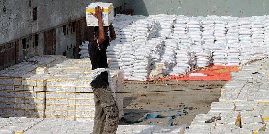تهديد أممي بوقف المساعدات الغذائية لليمنين.. انتهاكات الحوثي السبب