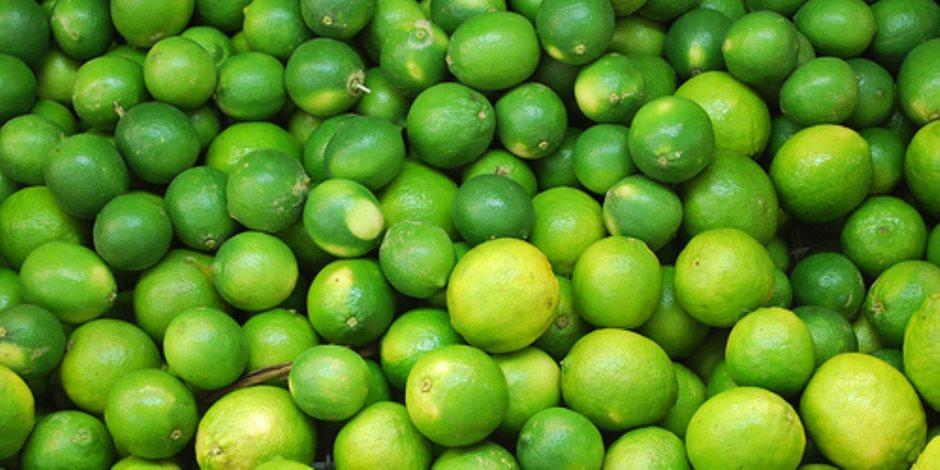 أسعار الليمون تتحدى «الزراعة» و«التموين»