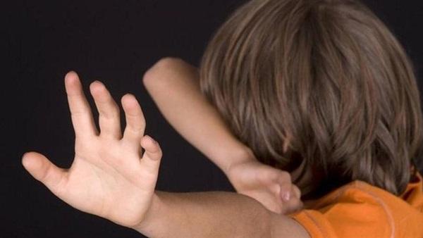 كيف تتعامل مع خوف طفلك من الظلام؟
