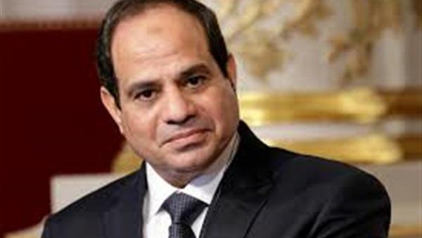 أسوشيتدبرس: الرئيس السيسي يلجأ إلى الجيش لإعادة بناء مصر