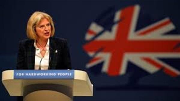 رئيسة وزراء بريطانيا تعيين«بوريس جونسون»وزيرا للخارجية