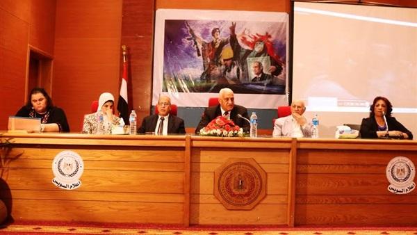 بالصور.. دور المراة المصرية وخوضها انتخابات المحليات بأعلام السويس