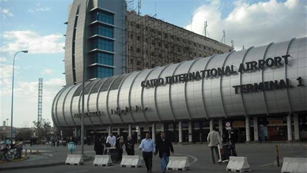 الوفد الروسى يبدأ جولته التفقدية بمطار القاهرة