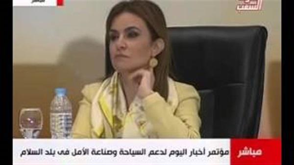 بالفيديو.. «خُرم زعزوع» يثير سخرية النشطاء.. والوزير: هنسده