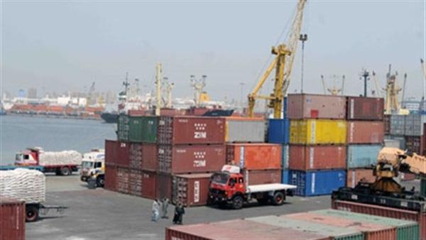 استمرار سوء الأحوال الجوية وإغلاق ميناء بوغاز الصيد بدمياط